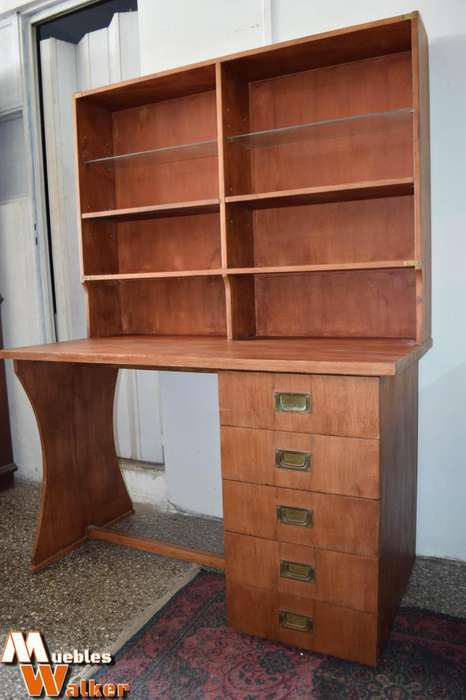 <strong>escritorio</strong> con 4 cajones amplios y alzada