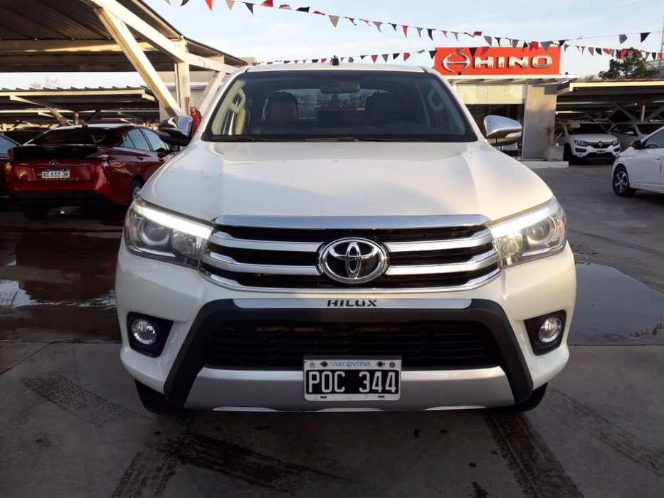 Toyota Hilux 2016 - 136700 km