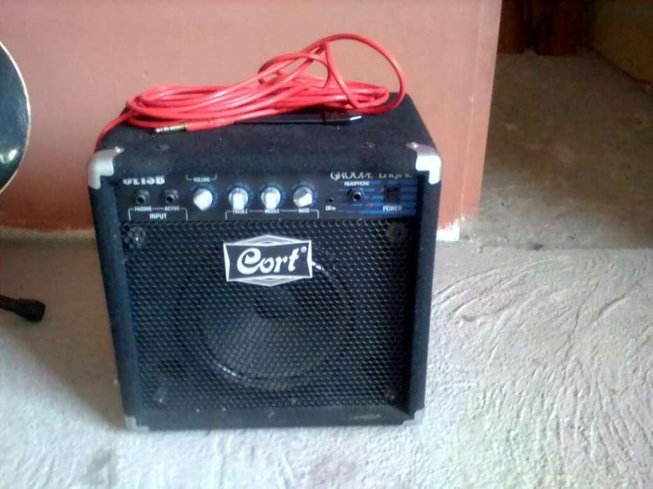 Amplificador Cort