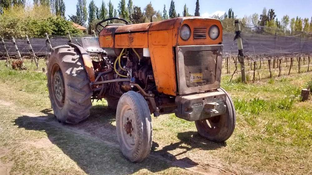 <strong>tractor</strong> Fiat 400 Viñatero