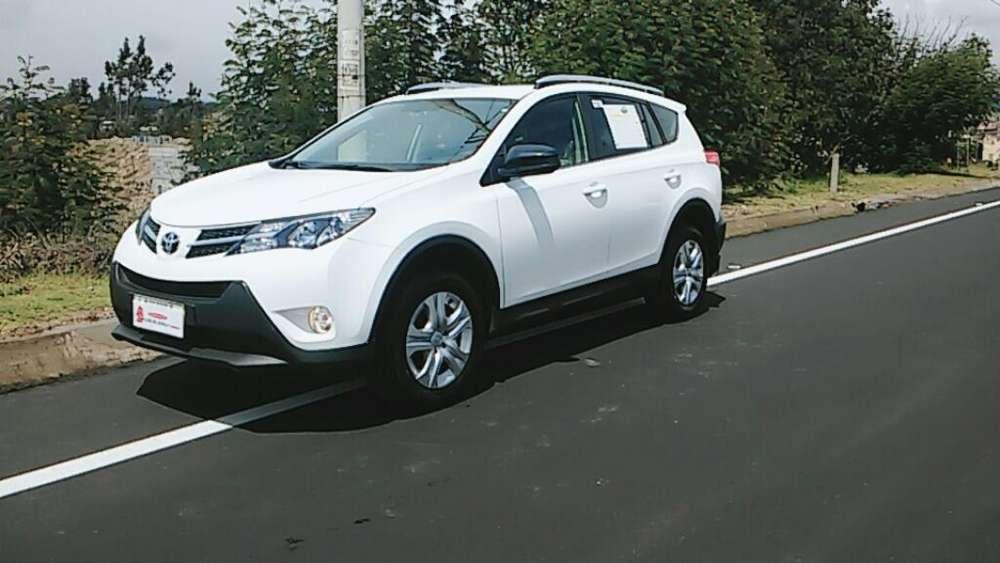 Toyota RAV-4 2015 - 0 km