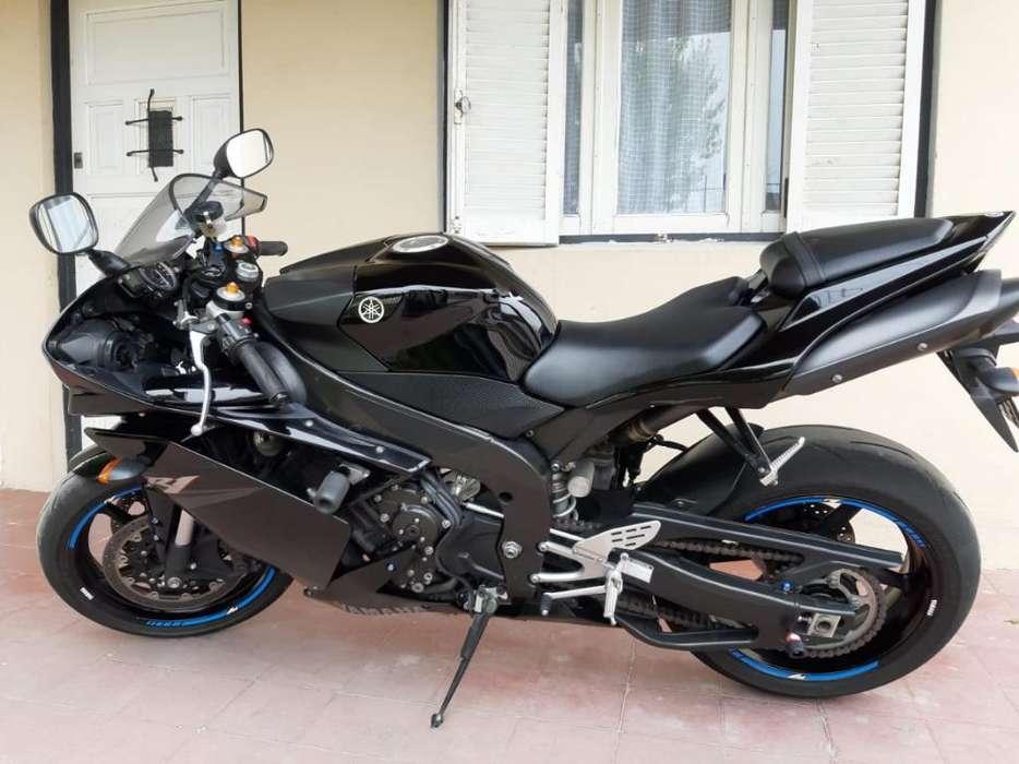 Yamaha R1. Impecable. Permuto