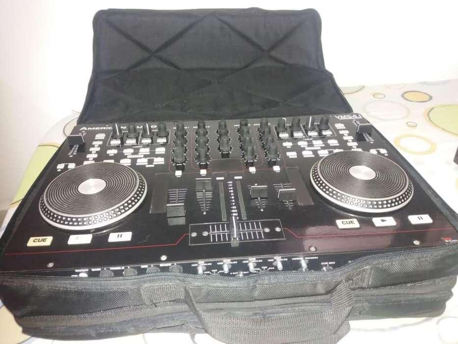 Controlador American Audio V-MS4 hP 550 Maleta