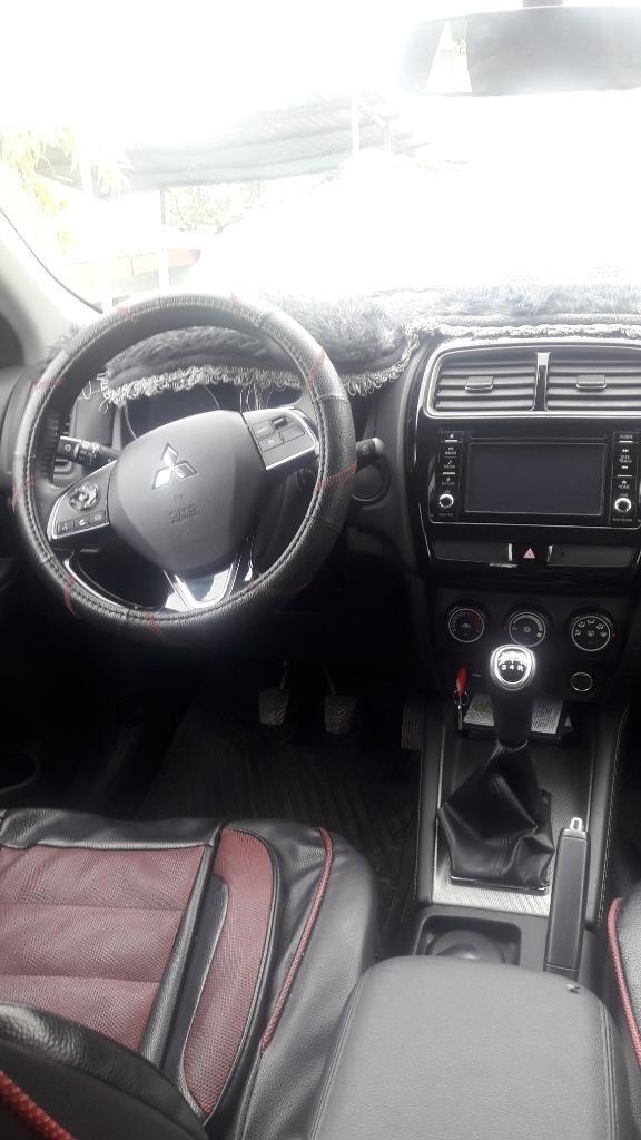 Vendo Camioneta Mitsubishi Asx por Viaje