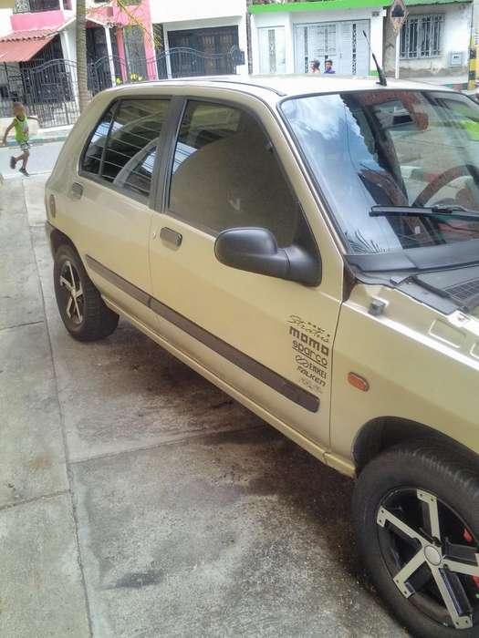 Renault Clio  1998 - 223000 km