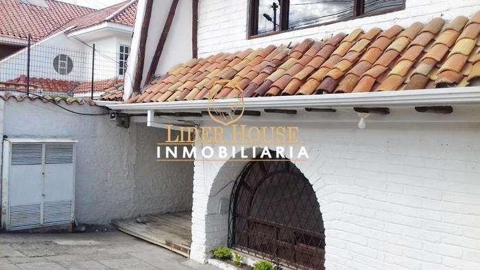 Se Renta Bonita Casa Comercial de 170m2, Milenium Plaza, (Ave Manuel J Calle)