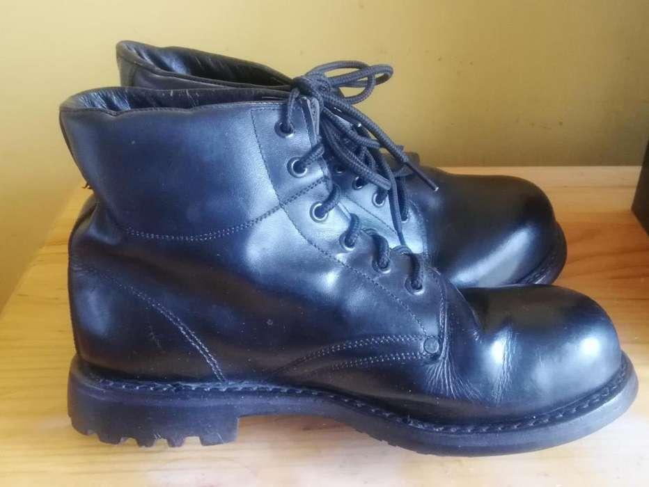 Zapatos de seguridad para Mina color negro talla 41