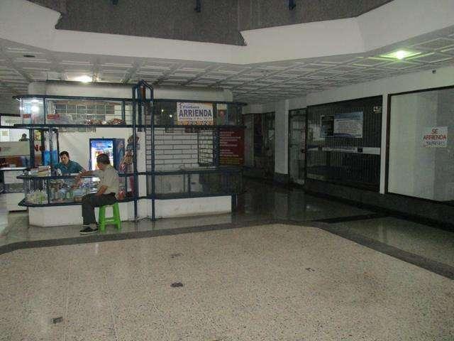 Cod: 2949 Arriendo Minitienda en el Centro comercial Internacional Centro