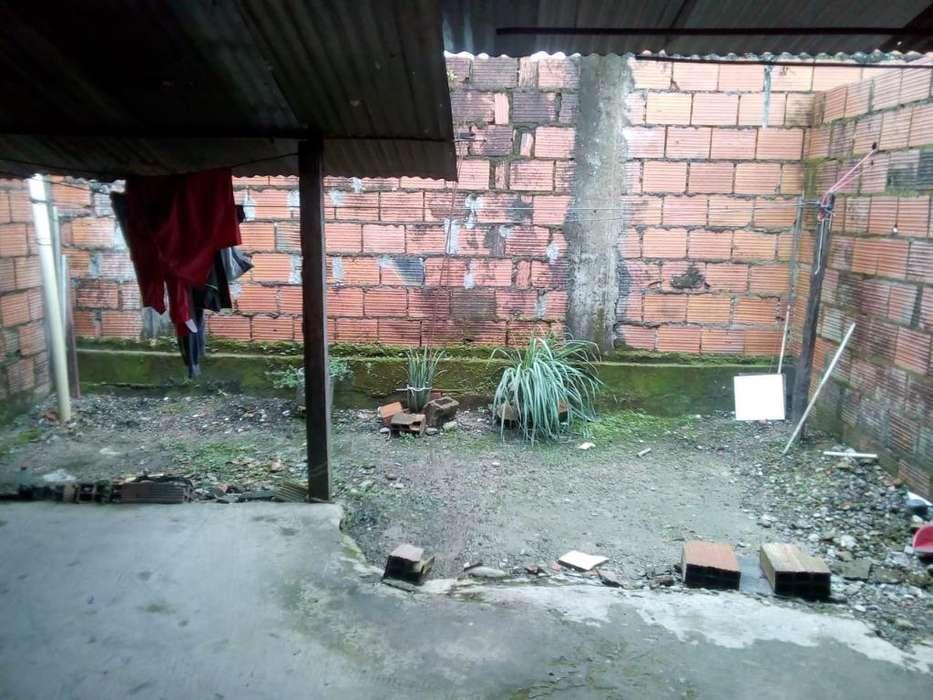 Se Vende Casa en Acasias en El Simarron