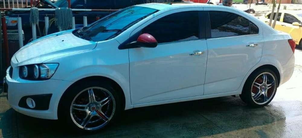Chevrolet Sonic 2014 - 72000 km