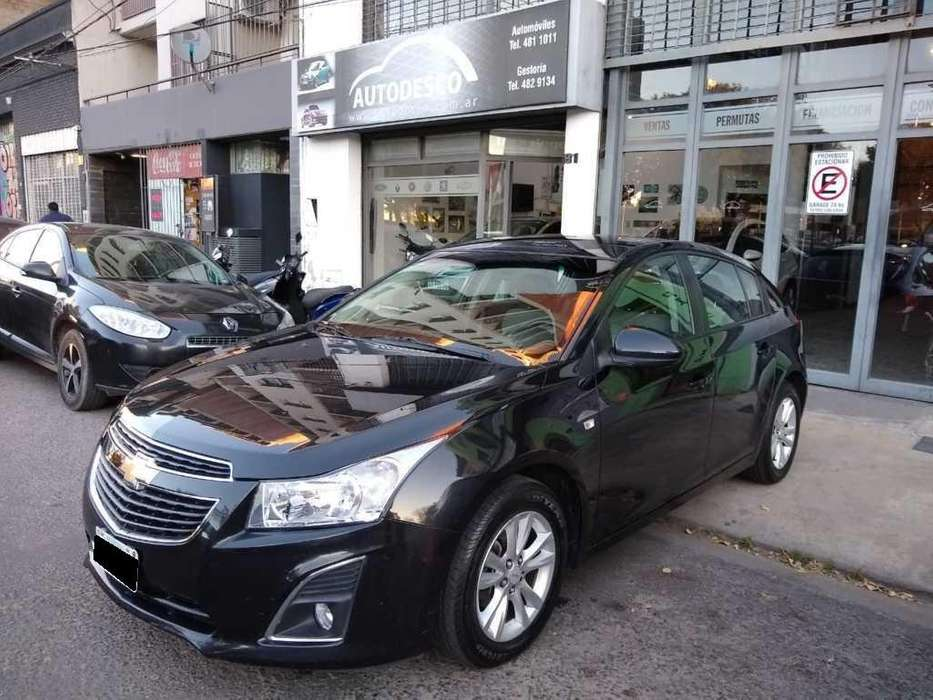 Chevrolet Cruze 2013 - 82000 km