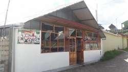 Se vende casa y local comercial en Oxapampa