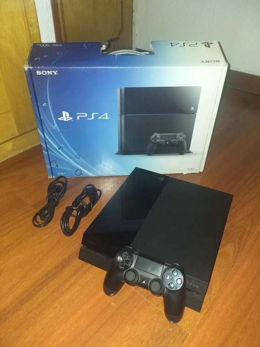 Play Station 4 Color Negro