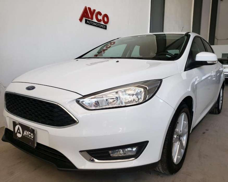 Ford Focus 2015 - 80000 km