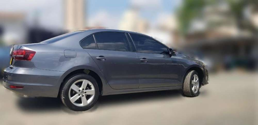Volkswagen Jetta 2017 - 42000 km