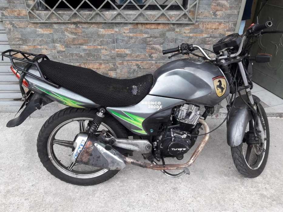Motocicleta Marca Tundra
