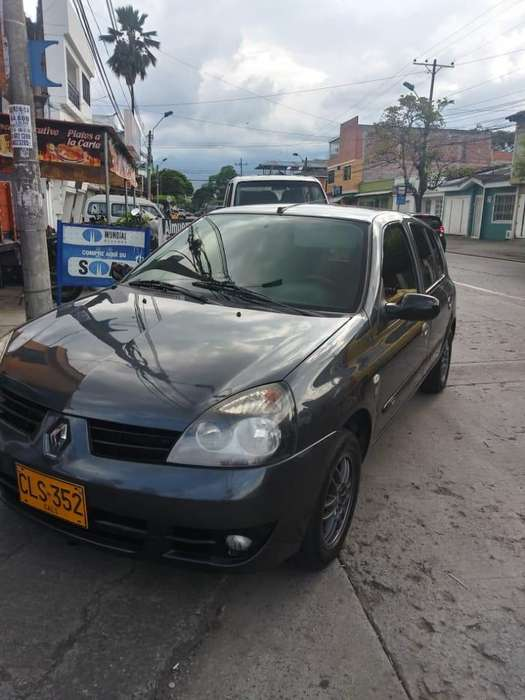 Renault Clio  2003 - 19000 km