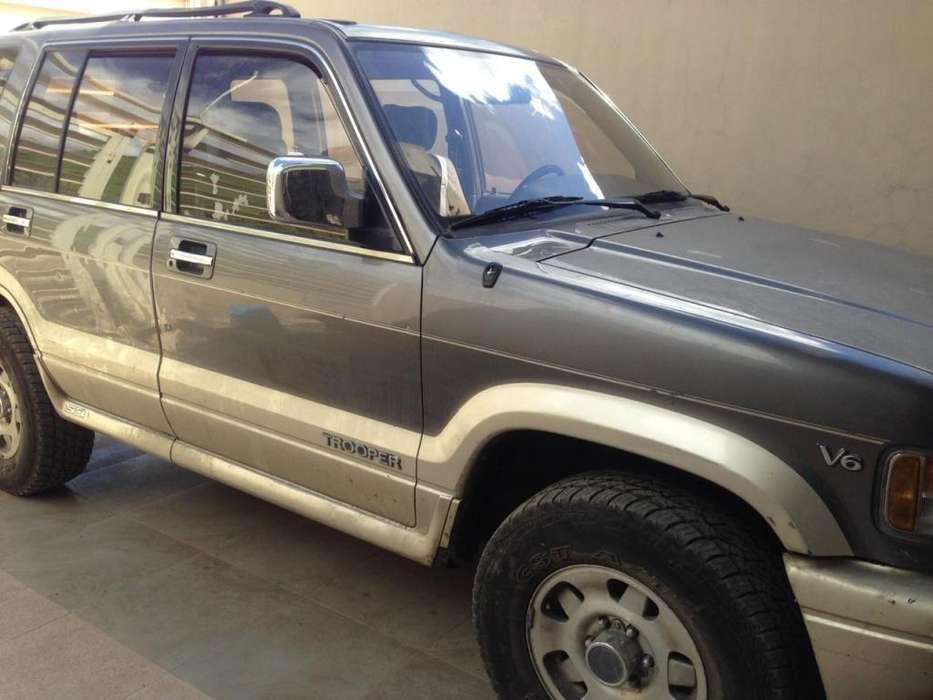 Chevrolet Trooper 1997 - 175000 km