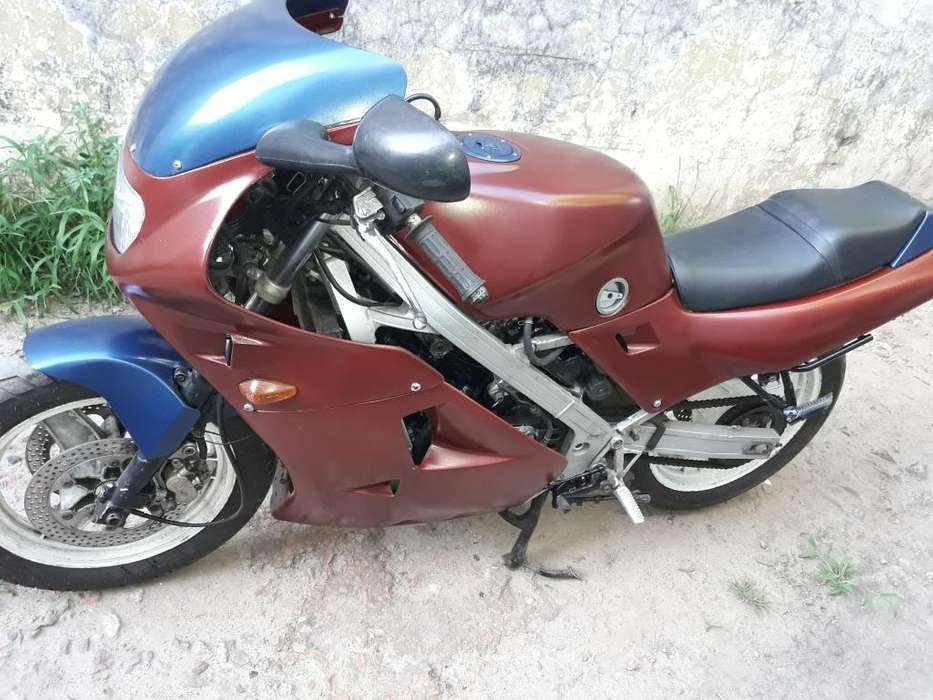 Honda VFR 400 K Mod 1988