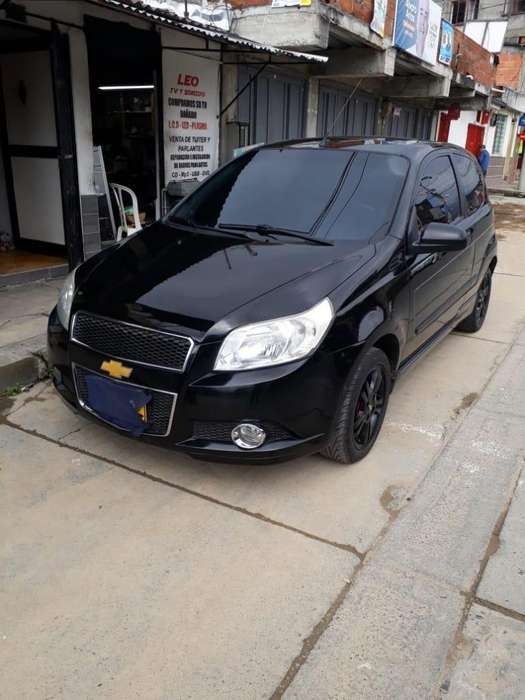 Chevrolet Aveo Emotion 2011 - 105000 km