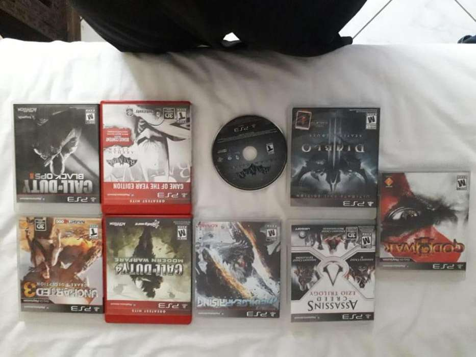 En venta Play Station 3 - PS3 - Assassinns Creed: Enzo Triology - Batman: Arkham Origins - Video Juego - Consola