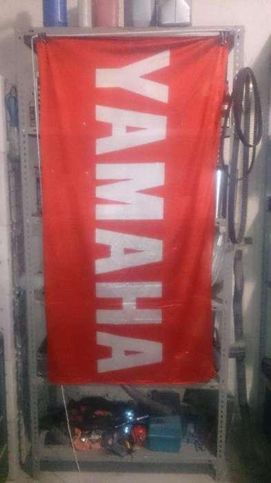BANDERA YAMAHA 0,75X1,50 MTS