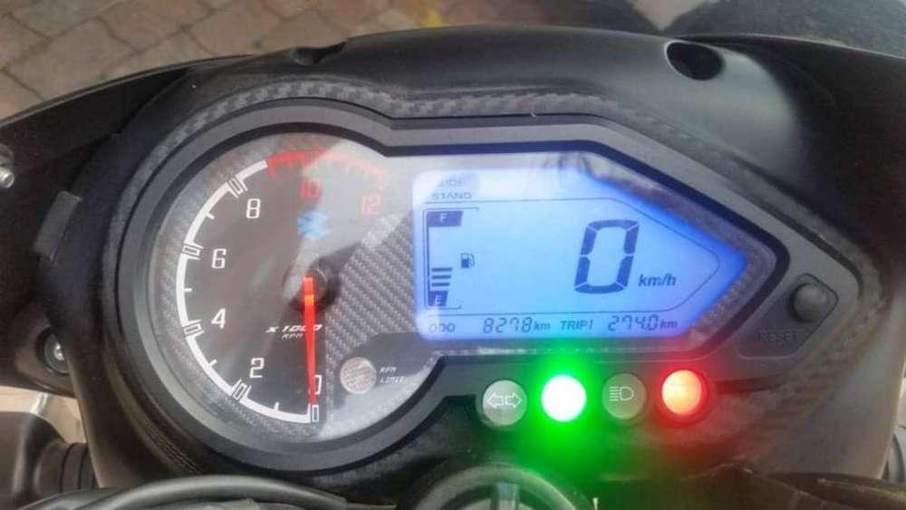 Moto Pulsar 18o 2019