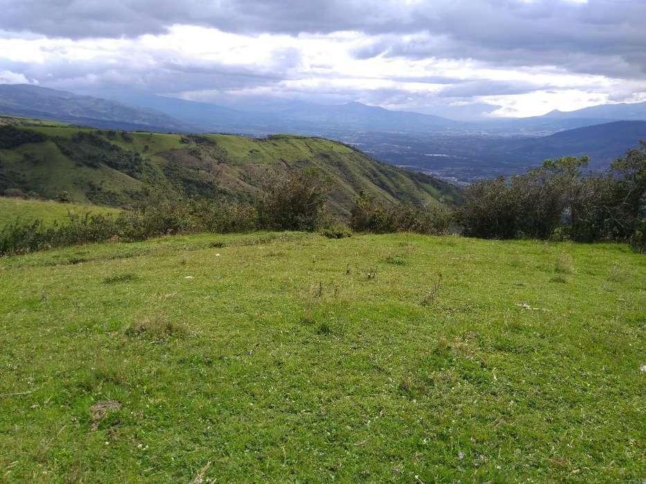 Hermoso Terreno en Las Montañas de Pifo
