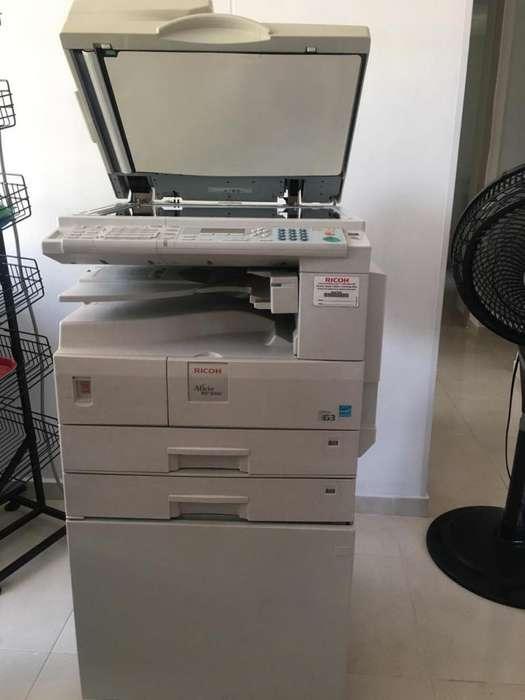 Impresora RICOH MP 2000