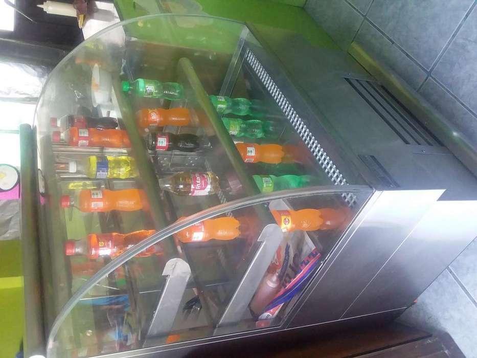 Vendo negocio de comida al sur de Quito