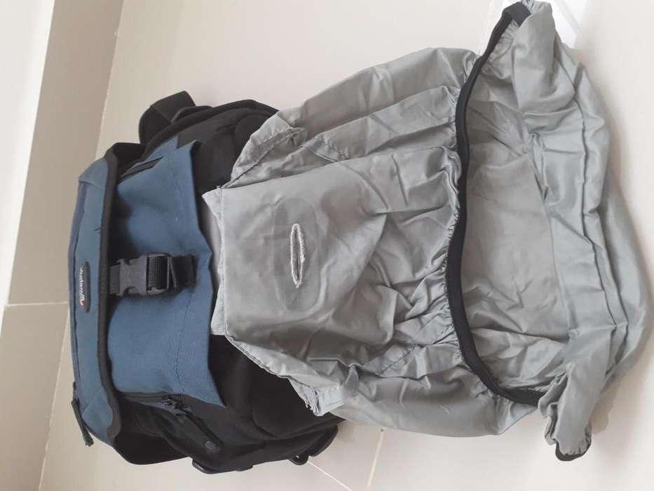 Combo Estuche Camara Lowepro Kit de limpieza protector de lluvia