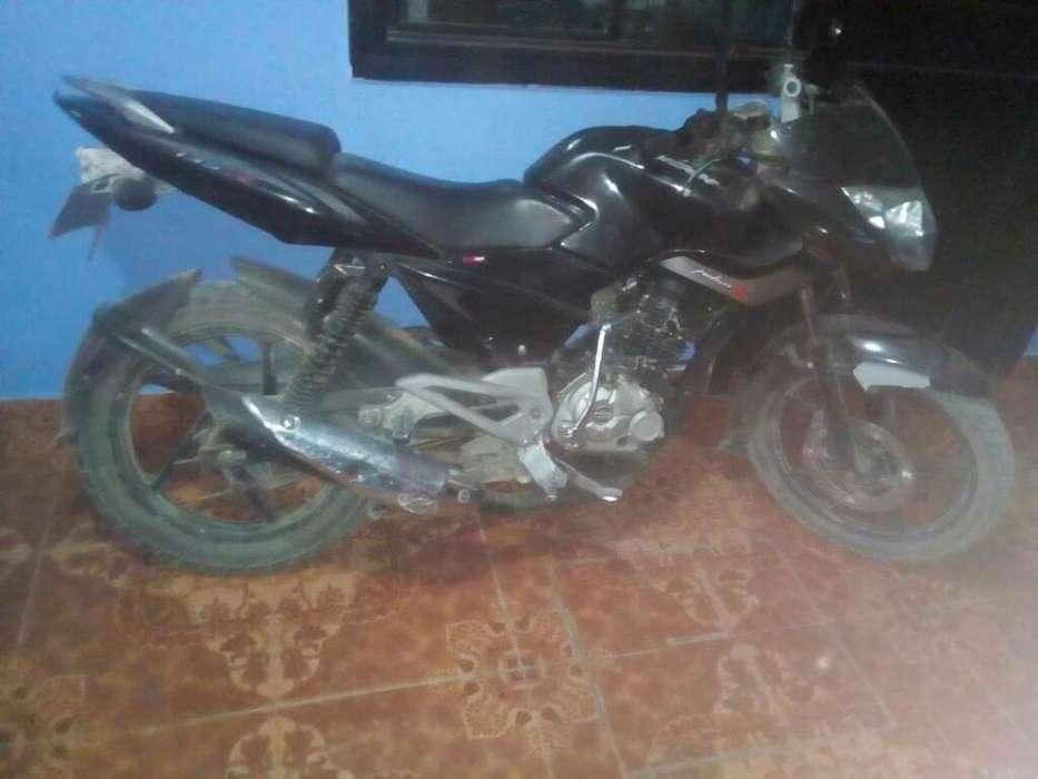 Vendo Moto Pulsar 135