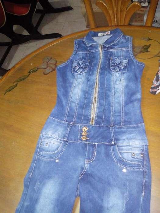Vendo Lindo Enterizos de Jeans Stresh