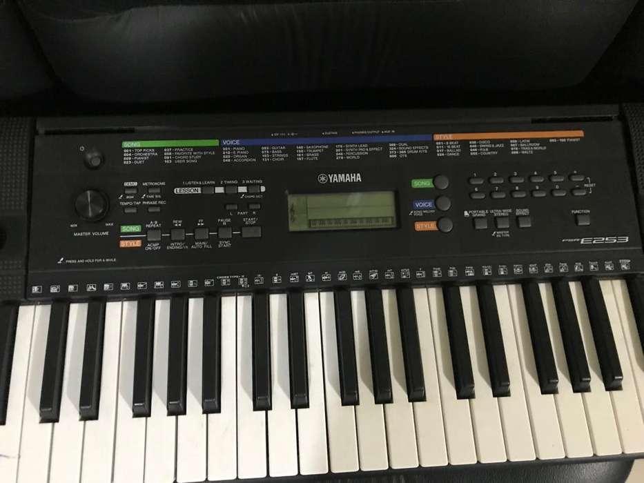 Yamaha PSRE 253