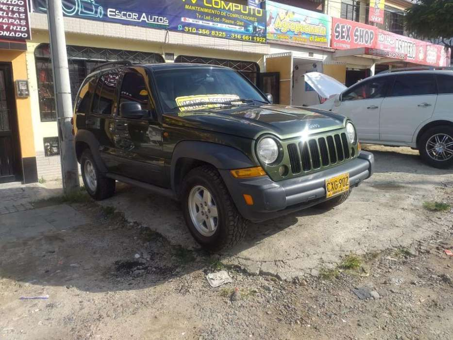 <strong>jeep</strong> Liberty 2007 - 155000 km