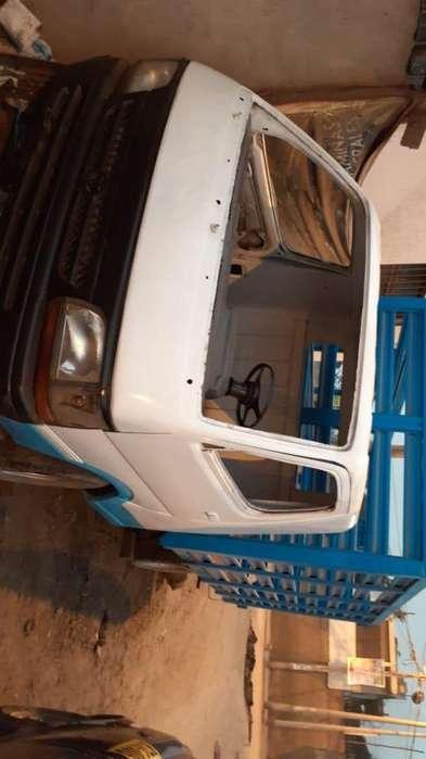Camioneta con varada tlf 973552323
