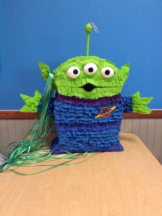 Piñata Marciano Verde Toy Story Desde