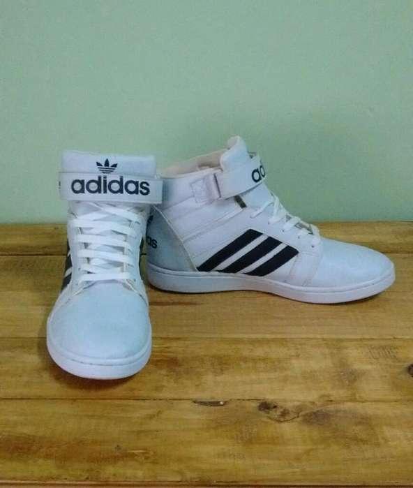 Zapatillas Adidas, usado segunda mano  Posadas