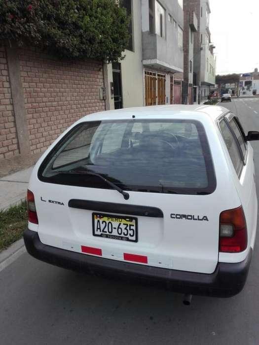 Toyota Corolla 1998 - 20000 km