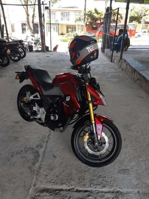 Moto Casi <strong>nueva</strong>