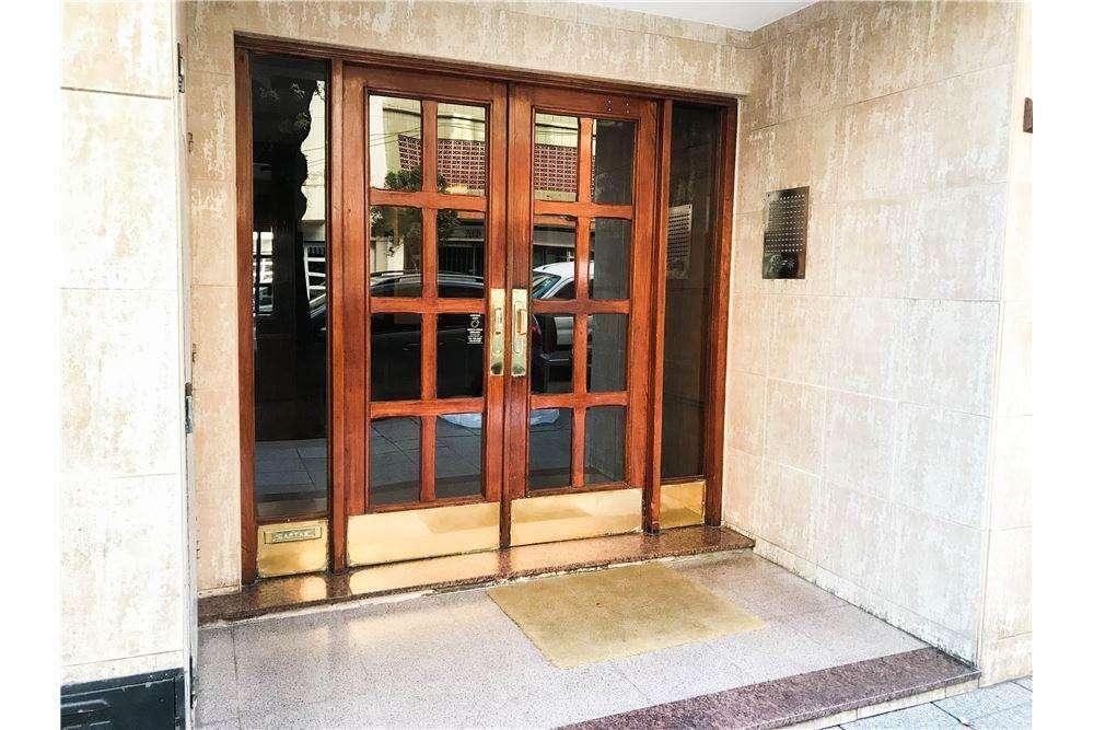 Venta 3 Ambientes c/dependencia con Balcón y Patio