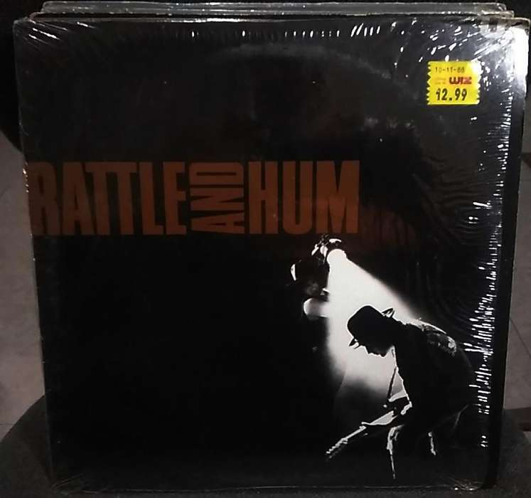 Album de 2 Long Play vinilos o acetatos Banda sonora de la película RATTLE and HUM de U2 1988 Made in USA Como Nuevo