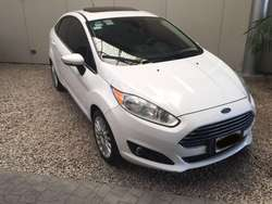 FORD FIESTA KINECTIC DESING TITANIUM POWERSHIFT 2014