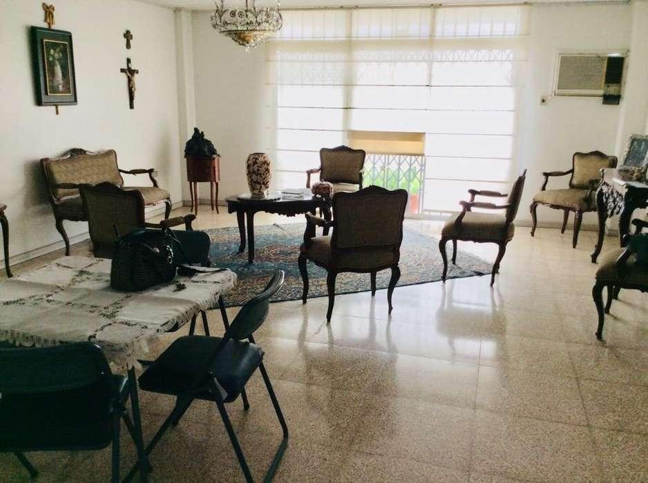 Departamento en Urdesa Central
