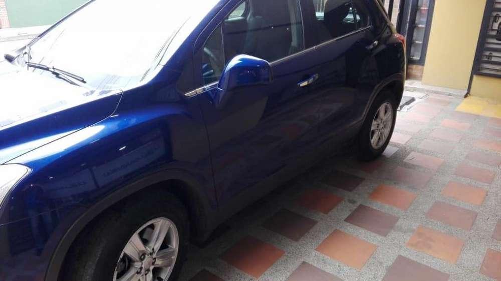 Camioneta Chevrolet tracker LP modelo 2015