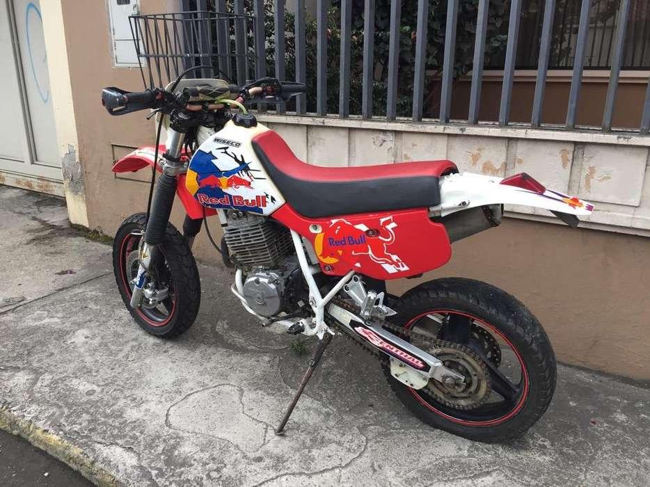 Moto <strong>honda</strong> Xr 600
