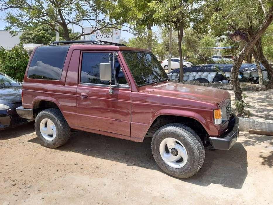 Mitsubishi Montero 1993 - 140000 km