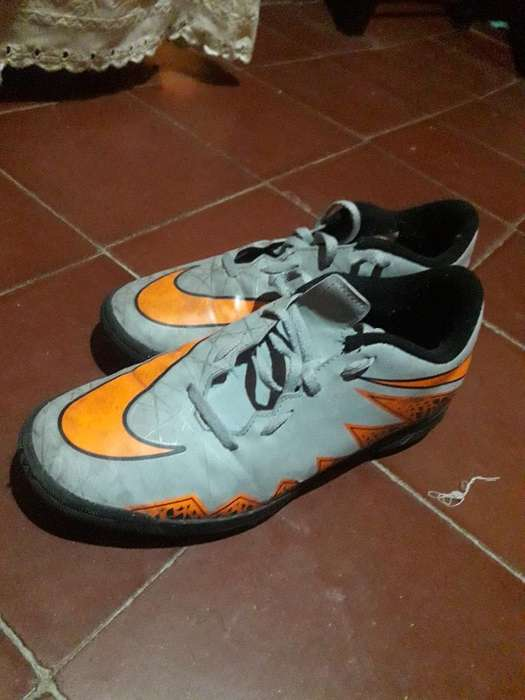 Botín F5 Nike Hypervenom