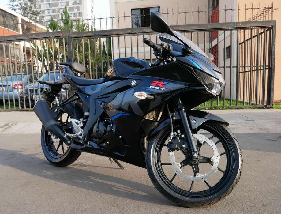 Moto Suzuki GSXR150 Como nueva