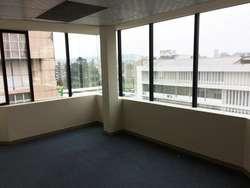 En renta planta 6 de 396 metros cuadrados Av. 10 de Agosto Quito Pichincha